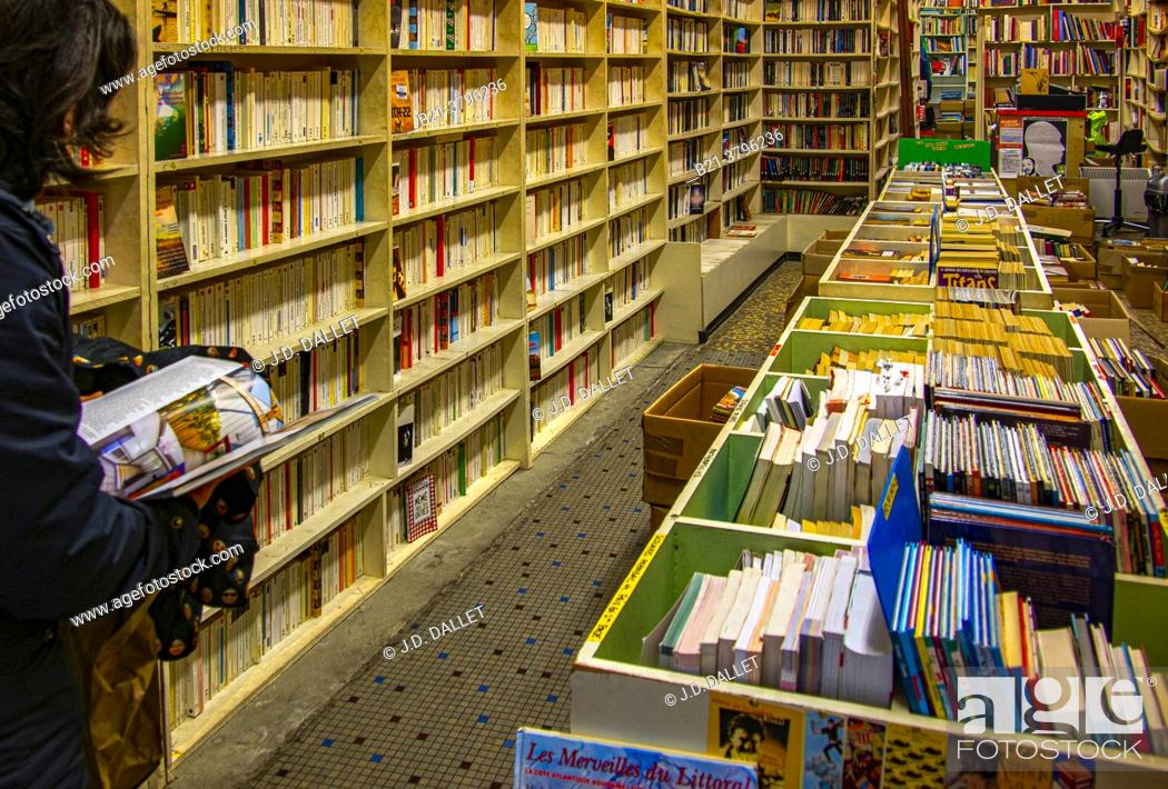 Stock Photo: France, Nouvelle Aquitaine, Gironde, Second hand book shop on Rue Sainte Catherine, at Bordeaux.