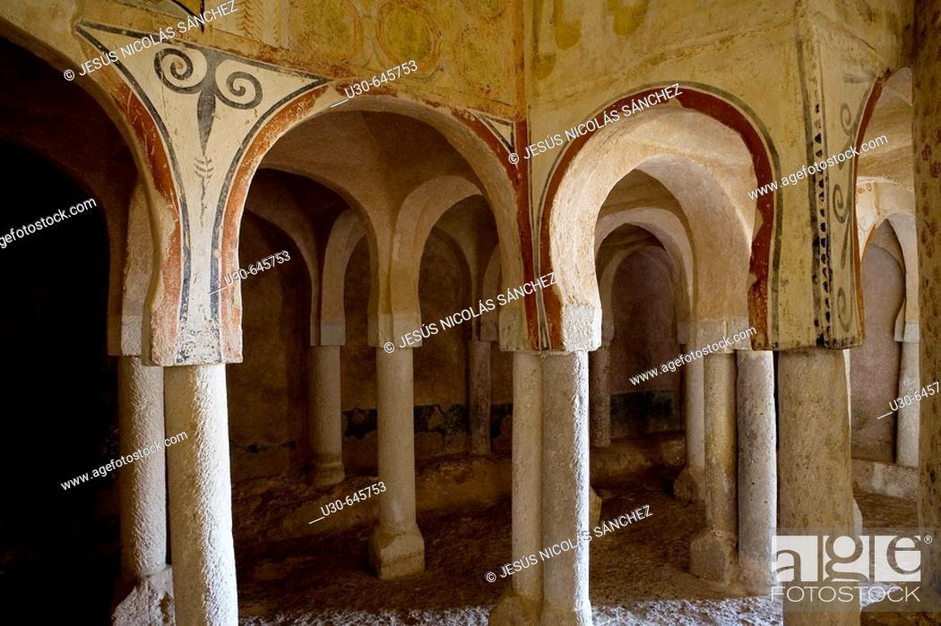 Imagen: Ermita de San Baudelio de Berlanga. Casillas de Berlanga, Soria, Castilla y León. Spain.