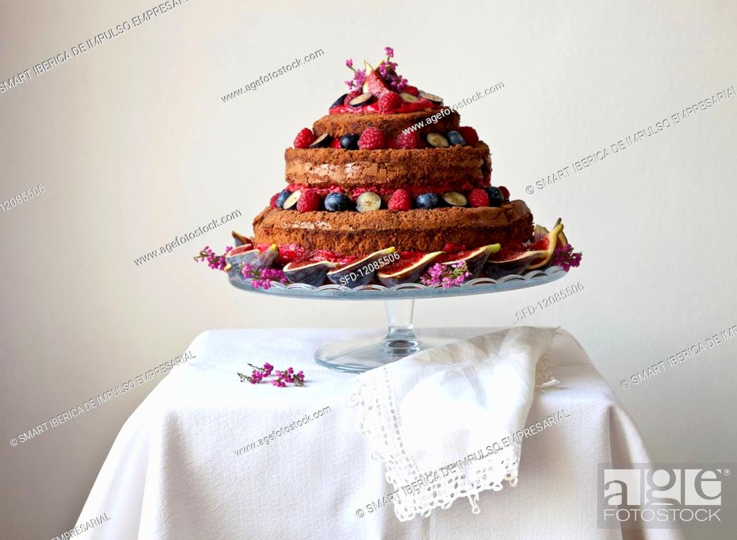 Admirable A Naked Birthday Cake With Fresh Figs And Berries Stock Photo Funny Birthday Cards Online Elaedamsfinfo