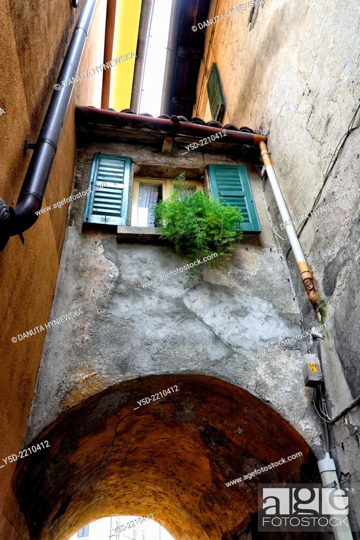 Stock Photo: street scene, Menaggio,Lake Como, province Como, Lombardy, Italy.