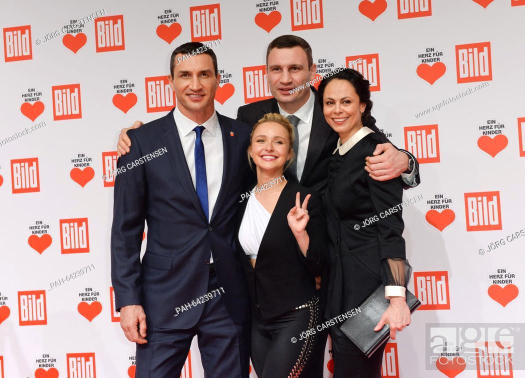 Ukrainian Boxer Wladimir Klitschko L With His Girlfriend Us