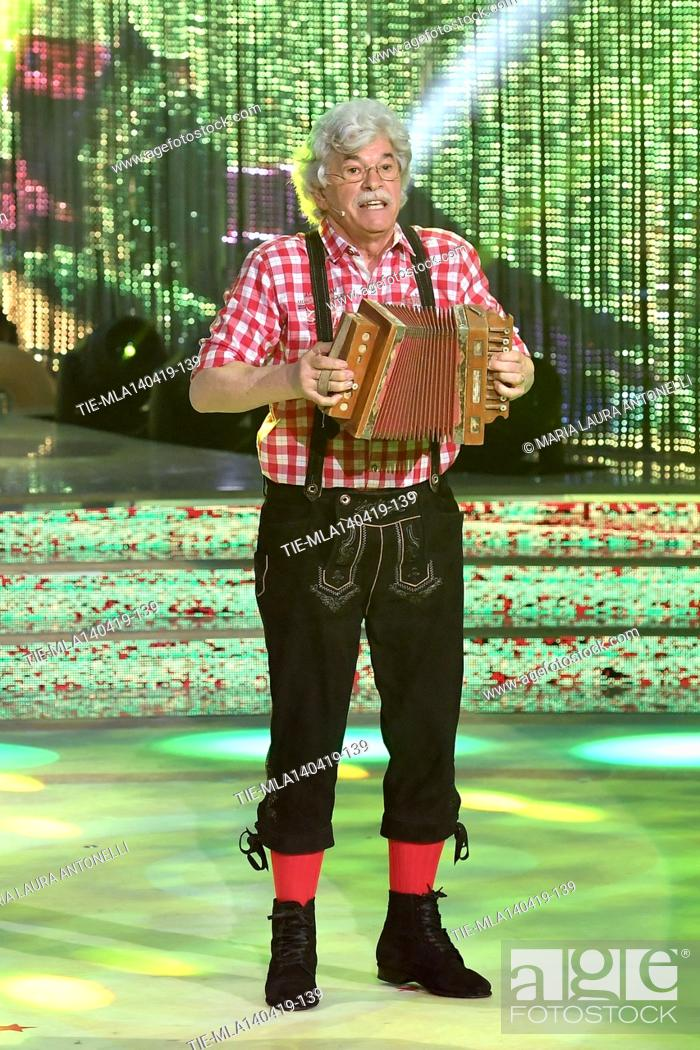 Imagen: Antonio Razzi during the performance at the talent show ' Ballando con le stelle ' (Dancing with the stars) Rome, ITALY-14-04-2019.