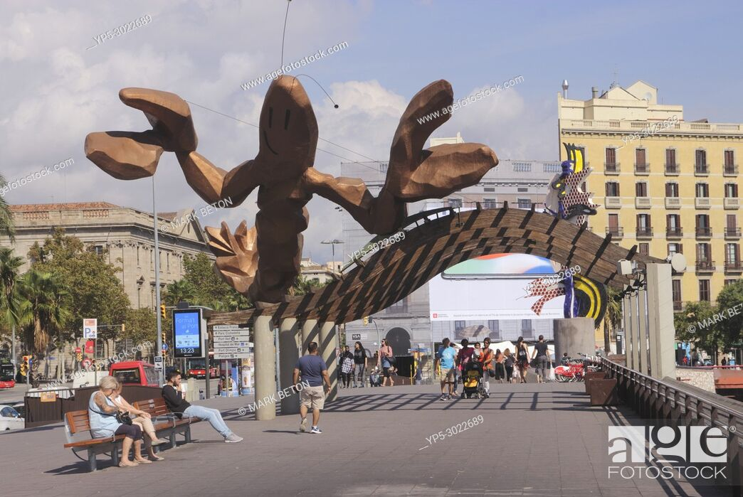 Stock Photo: The Lobster sculpture by Mariscal at the Waterfront, Barcelona, Spain.