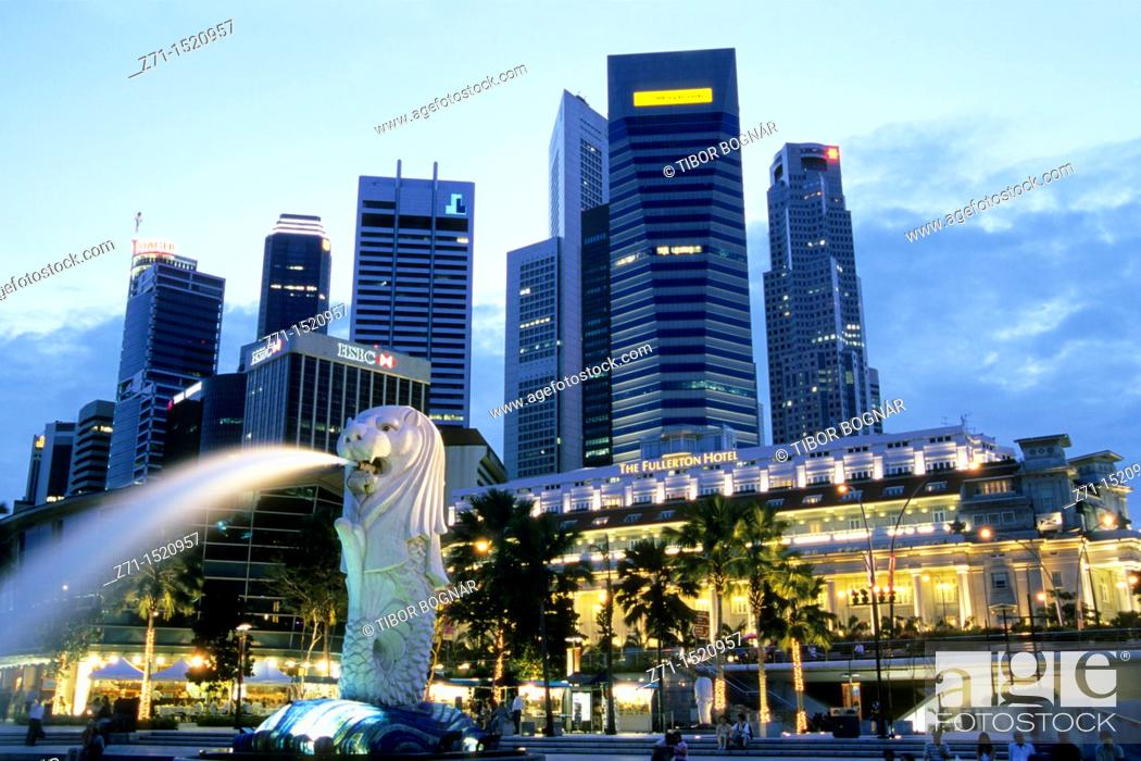 Stock Photo: Singapore, Ther Merlion, Central Business District.
