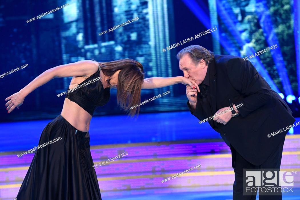 Imagen: Sara Di Vaira, Gerard Depardieu during the tv show Ballando con le stelle, Rome, ITALY-22-04-2017.