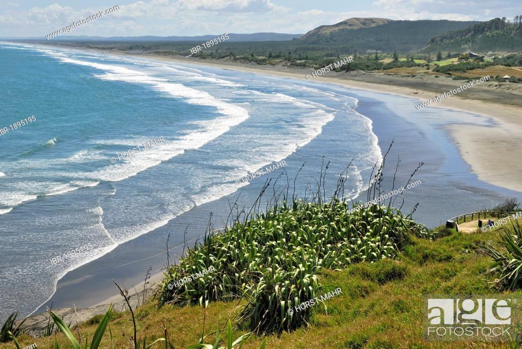 Stock Photo: Muriwai Beach, Muriwai Regional Park, west of Auckland, North Island, New Zealand.