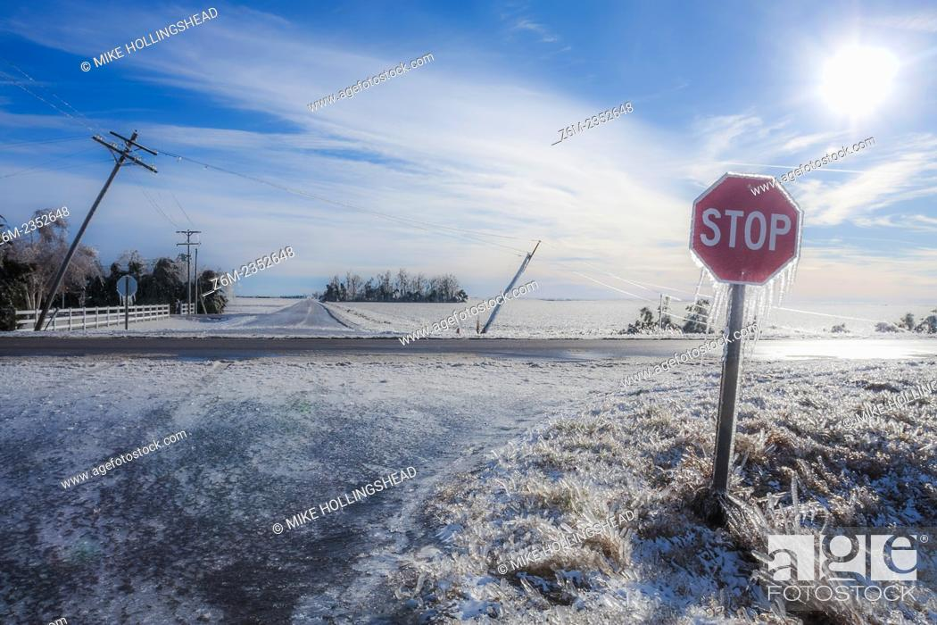 Stock Photo: Intense ice storm slams south central Nebraska December 31, 2006. Some areas recieved over 2 inches of ice accumulation from long duration freezing drizzle and.