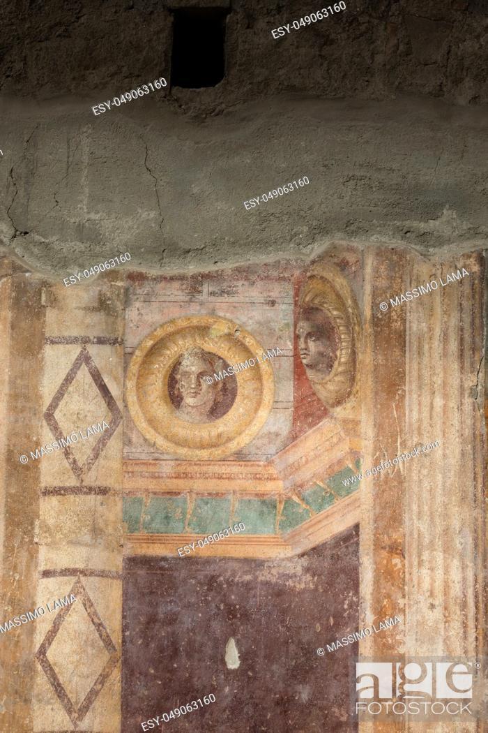 Imagen: Torre Annunziata (Naples), Italy Ancient roman fresco represented a scene of Roman mitology in the Poppea's Villa.