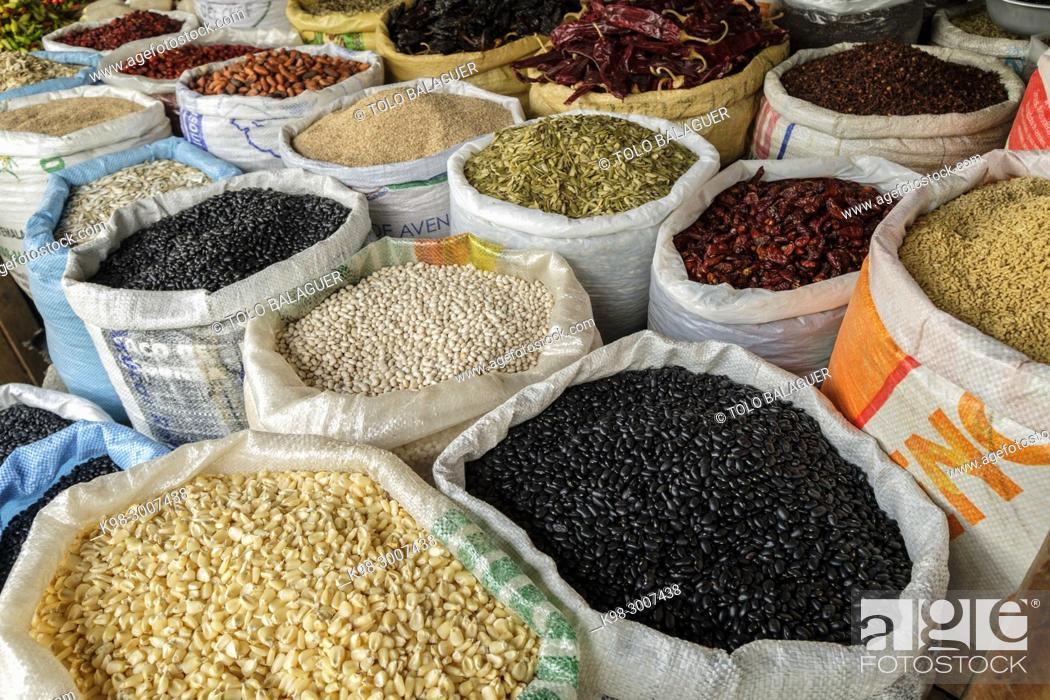 Stock Photo: comercio de alimentacion y verduras, Lancetillo - La Parroquia, Franja Transversal del Norte , departamento de Quiché, Guatemala.
