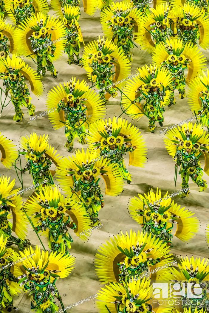 Stock Photo: Carnaval parade of Paraiso do Tuiuti samba school in the Sambadrome, Rio de Janeiro, Brazil.