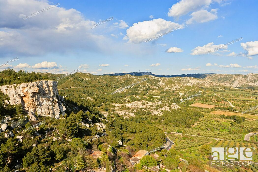 Stock Photo: France, Provence, Les Alpilles, landscape.