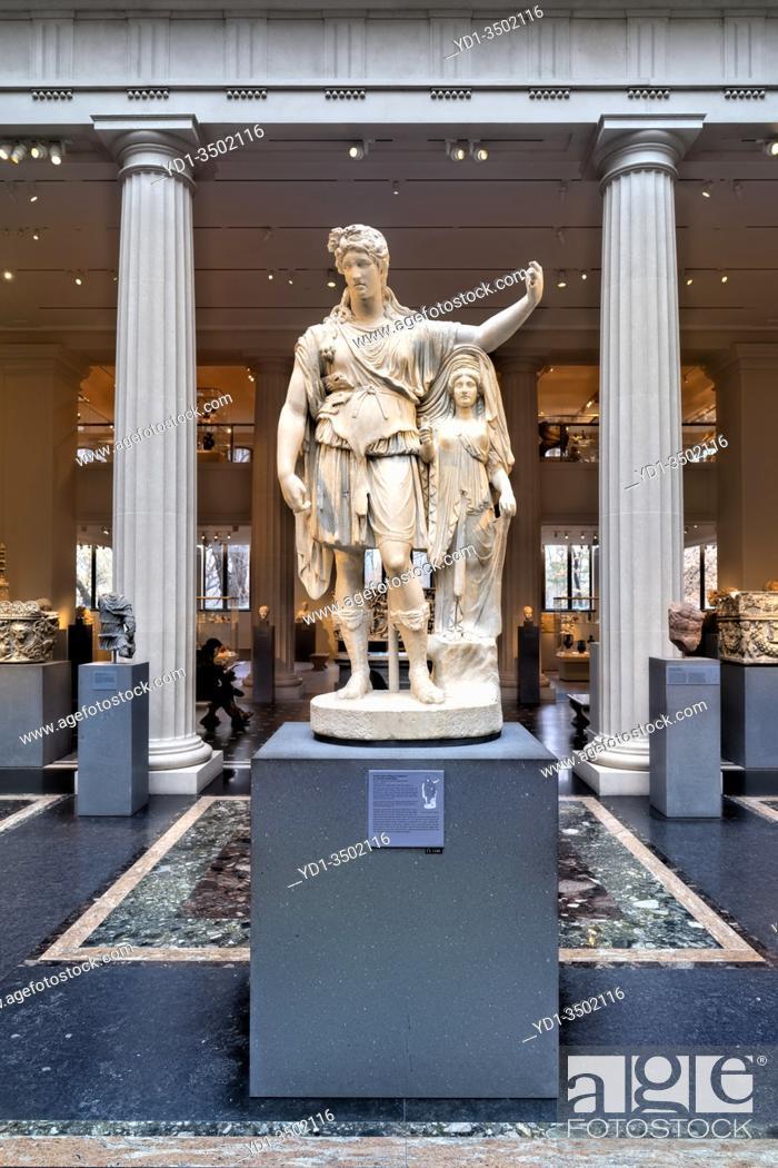 Stock Photo: New York. Manhattan. The Metropolitan Museum MET. Greek and Roman Art Wing.