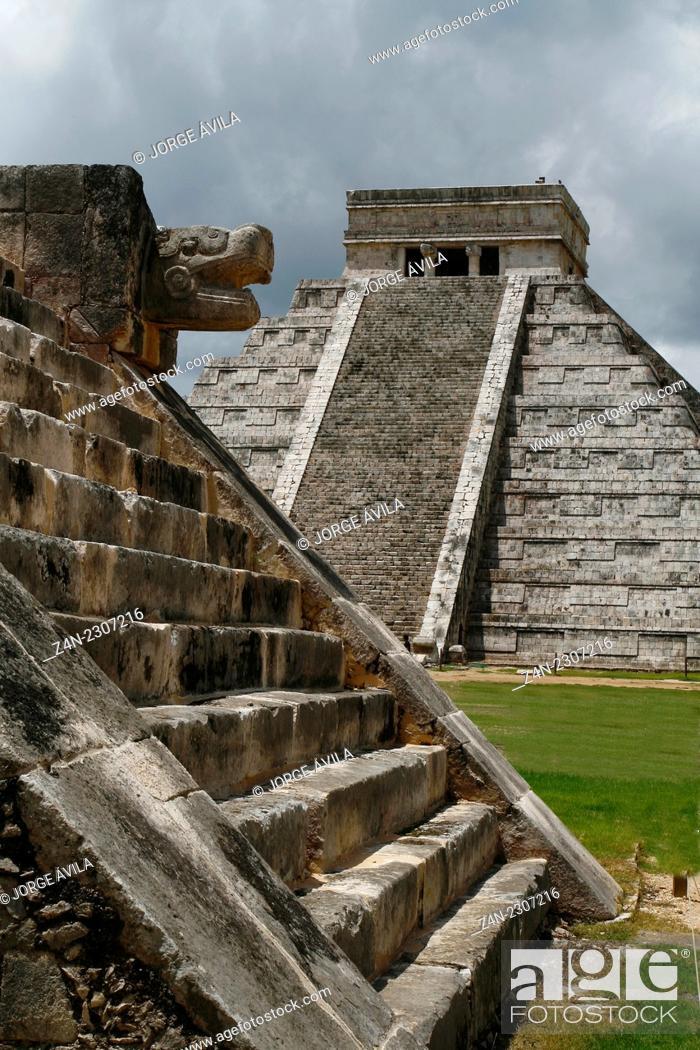 Stock Photo: El Castillo temple, Chichen Itza pyramid, Maya.