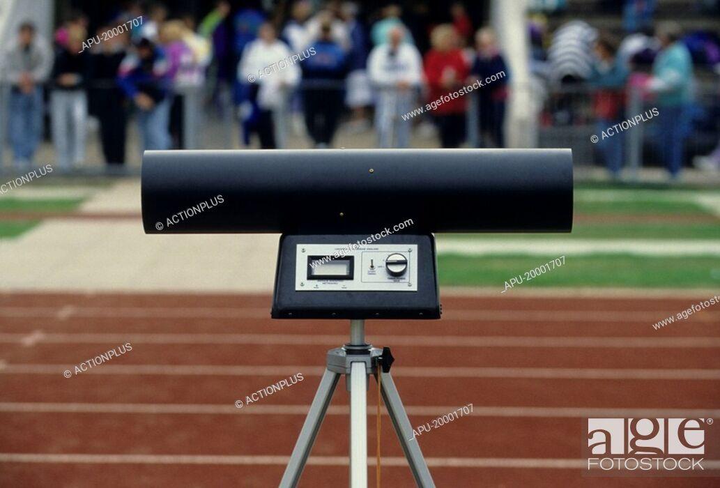 Imagen: Race track wind monitoring equipment.