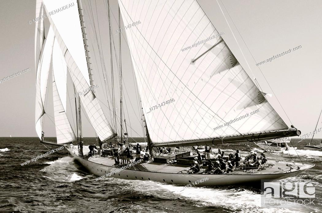 Stock Photo: France, Var 83, Saint-Tropez, Les Voiles de Saint-Tropez meet every year in late September of beautiful classic yachts competing in regattas superb here gaff.