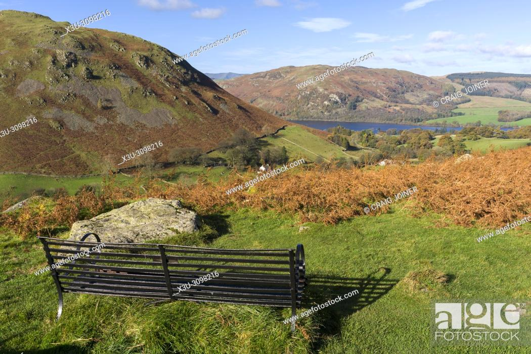 Imagen: View over the Boredale valley towards Ullswater from Beda Fell in the Lake District National Park, Cumbria. England.