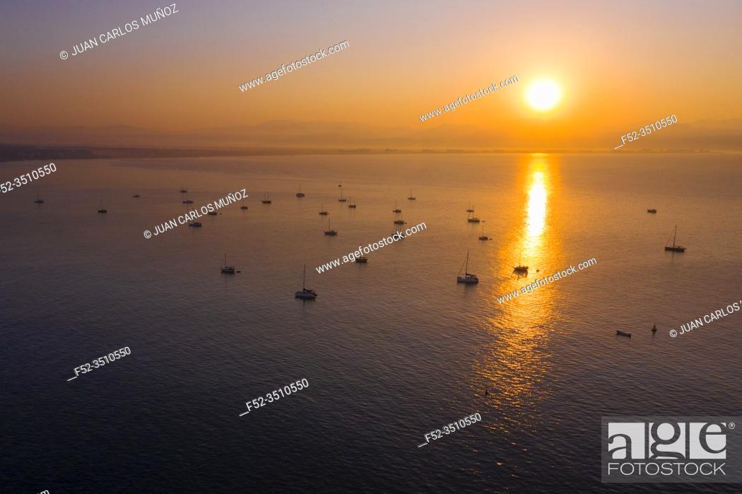 Stock Photo: Sunrise, Sailing boats, Yatch Marina Riviera Nayarit, La Cruz de Huanacaxtle, Banderas Bay, Riviera Nayarit, Pacific Ocean, Nayarit State, Mexico.