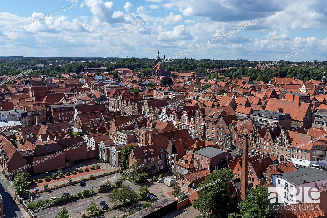 Photo de stock: View from the former water tower to the old town with St. Michaeliskirche, Lüneburg, Lower Saxony, Germany.