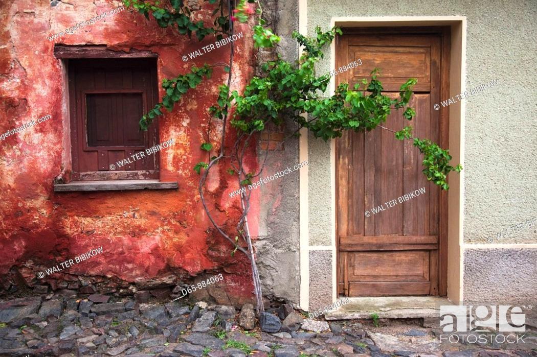 Stock Photo: Building detail, Calle de los Suspiros, Colonia del Sacramento, Uruguay.