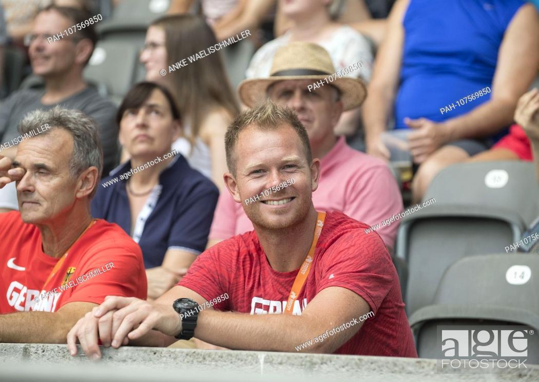 Stock Photo: coach Sebastian HALLMANN (coach of Arthur ABELE) with DLV-Bundescoach decathlon Rainer POTTEL l. on the tribune. Decathlon javelin, on 08.08.