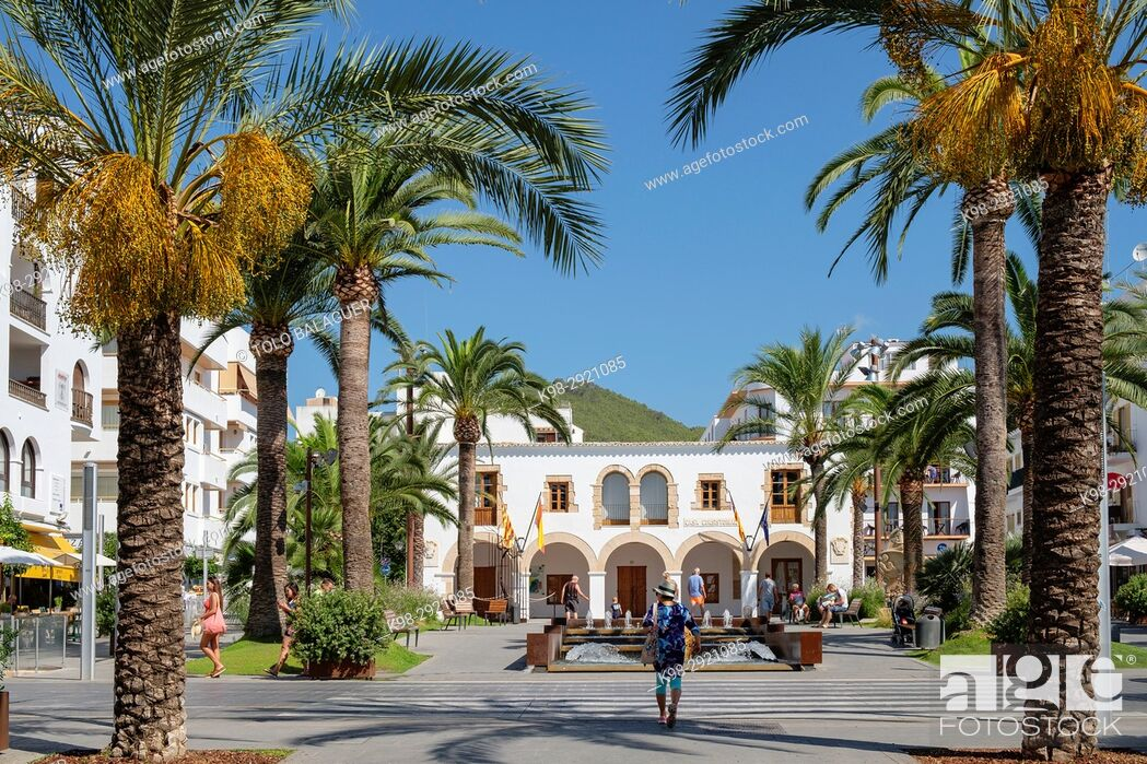 Stock Photo: Paseo de S'Alamera, Santa Eulària des Riu, Ibiza, Balearic Islands, Spain.