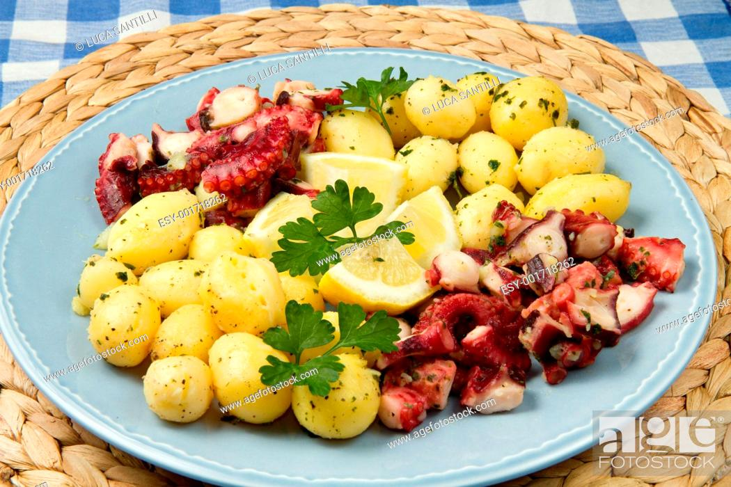 Stock Photo: octopus with potatoes.