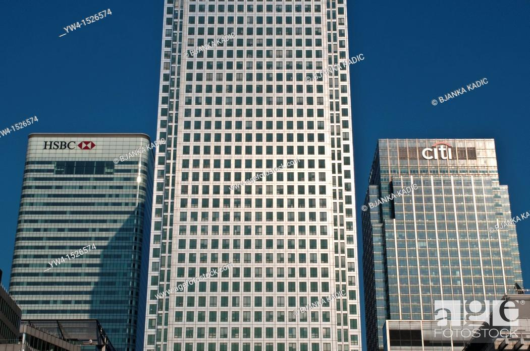Stock Photo: Detail of One Canada Square skyscraper and HSBC bank and City bank building, Canary Wharf, London, UK.