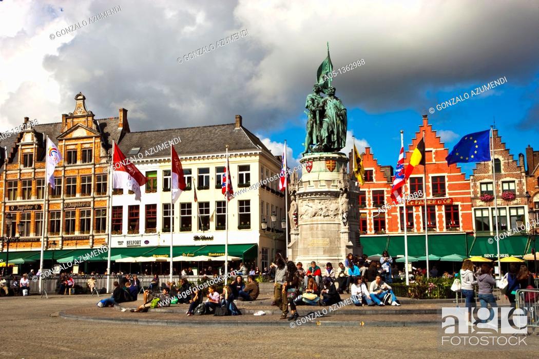 Stock Photo: Markt Square with statue of Jan Breydel and Pieter de Coninck, Bruges, Brugge, Flanders,Belgium, UNESCO World Heritage Site.