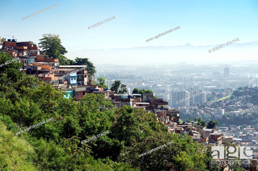 Stock Photo: A view of residential huts in the favela Santa Marta in Rio de Janeiro, Brazil, 15 May 2013. Photo: Soeren Stache | usage worldwide.