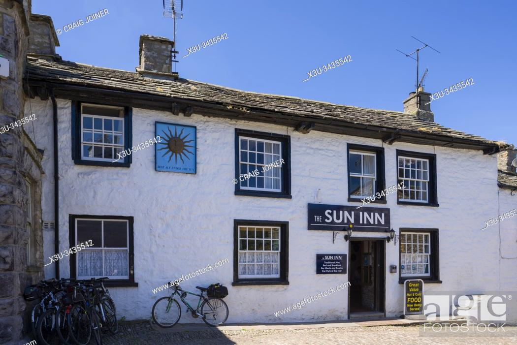 Stock Photo: The Sun Inn in the village of Dent in Dentdale in the Yorkshire Dales National Park, Cumbria, England.