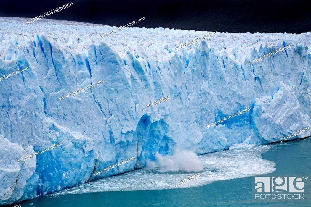 Stock Photo: Glacier Perito Moreno, national park Los Glaciares, Argentina, Patagonia, South America.