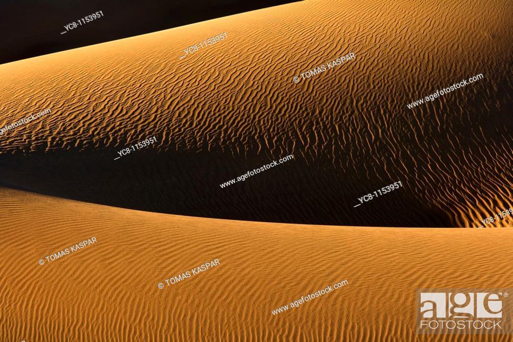 Stock Photo: Mesquite Flat Sand Dunes,Death Valley national park.
