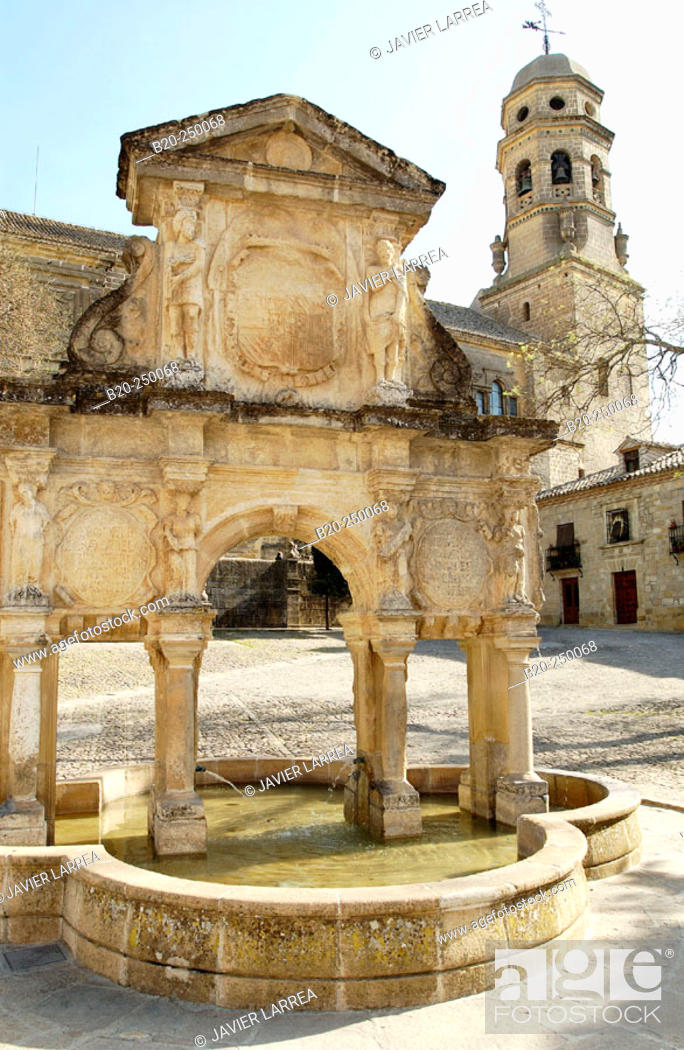 Stock Photo: Santa María's fountain and square. Baeza. Jaén province. Spain.