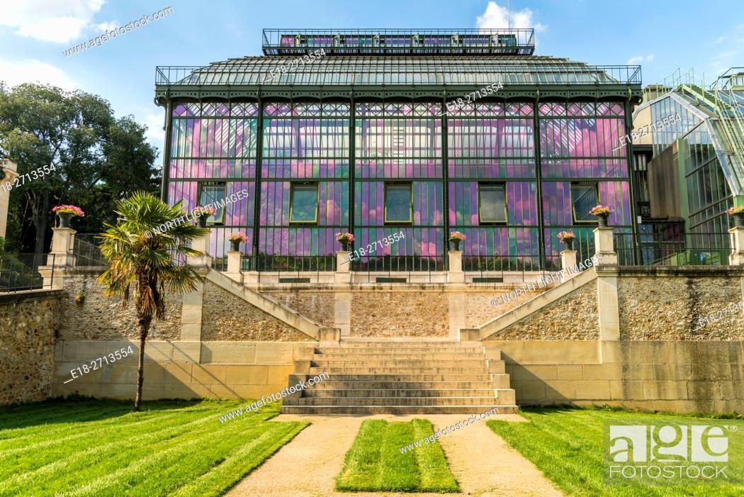Imagen: EU, France, Le Jardin de Plantes beautiful art nouveau greenhouse. The Mexican Hothouse built (1834 - 1836) by Charles Rohault de Fleury.