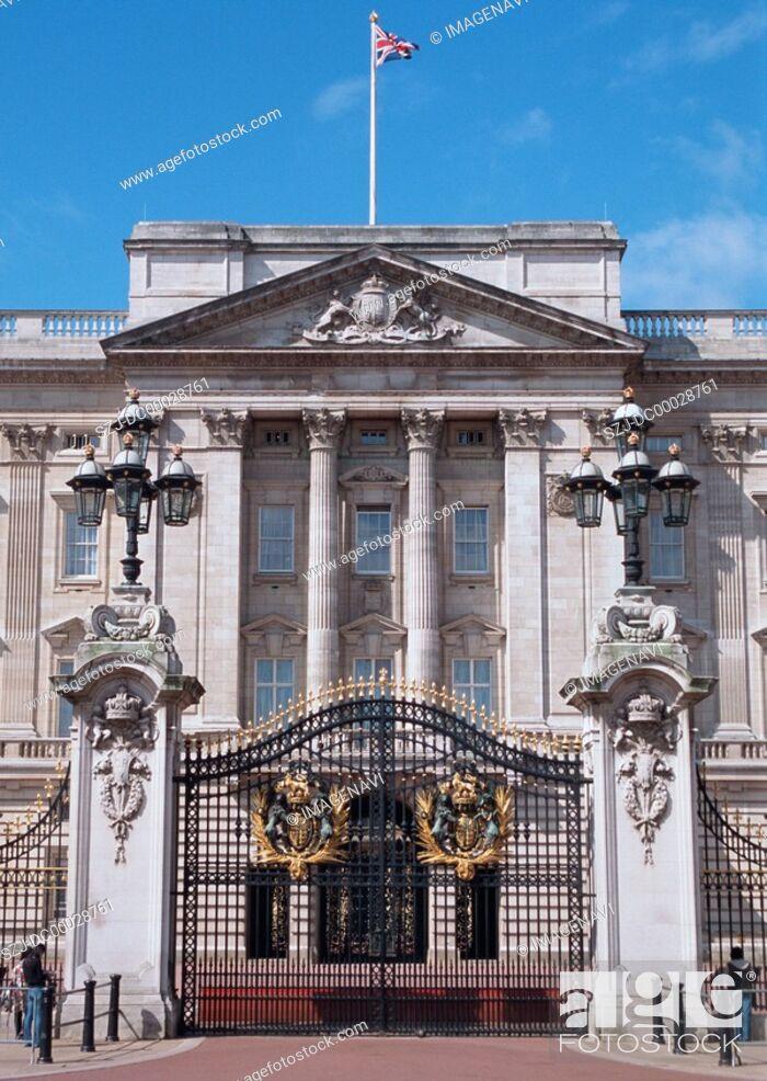 Imagen: Gate of The Buckingham Palace.