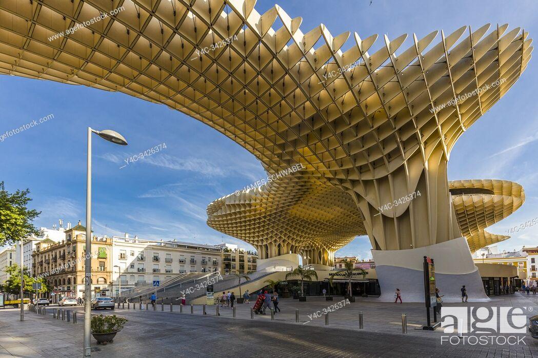 Imagen: Mettopol Parasol or Incarnacionâ. . s Mushrooms a wooden structure in La Encarnacion square in Seville Spain.