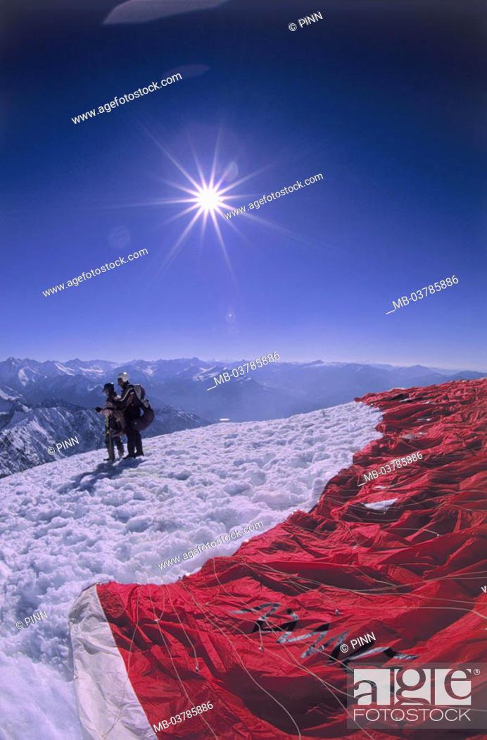 Stock Photo: Germany, Bavaria, Oberstdorf, Fog horn, Gleitschirm, tandem jump, Start preparation, back light, Allgaeu, OberAllgaeu, Alps, summits, 2224 m, mountain massif.