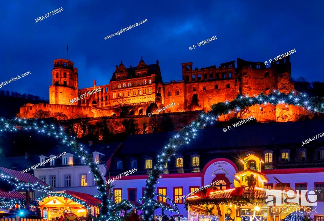 Stock Photo: Christmas market on Karlsplatz Square in the Old Town of Heidelberg, with Heidelberg Castle, Heidelberg, Baden-Wuerttemberg, Germany, Europe.