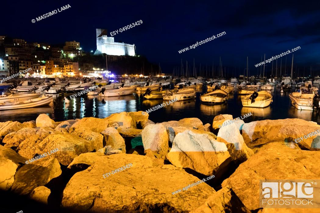 Imagen: Lerici, Italy. nocturne Lerici is very famous for the old castle and the port.