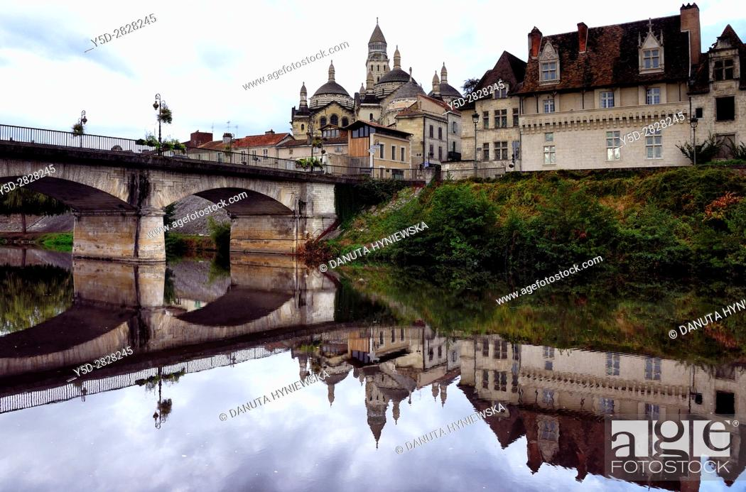 Stock Photo: old town of Périgueux, in front bridge over Isle River, Saint-Front Cathedral in background, World Heritage Sites of the Routes of Santiago de Compostela in.