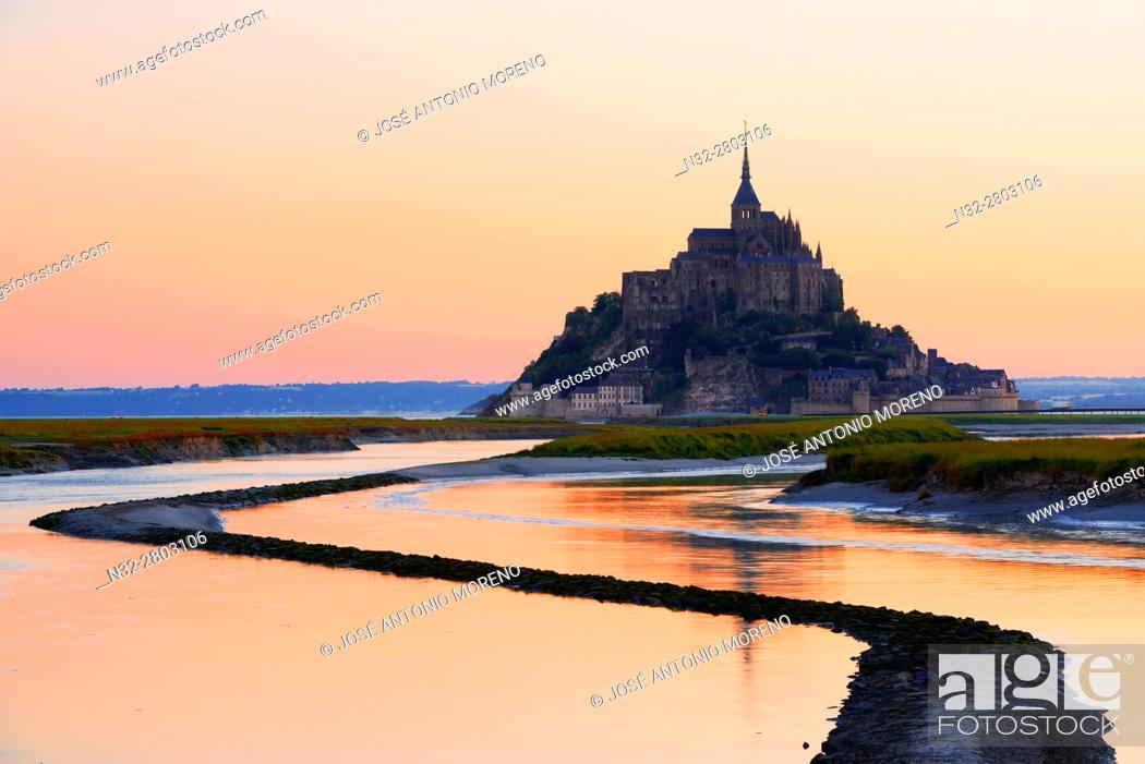 Stock Photo: Mont St Michel, Sunset, Mont-Saint-Michel, Benedictine abbey, Pontorson, UNESCO, World Heritage Site, Manche, Normandy, France.
