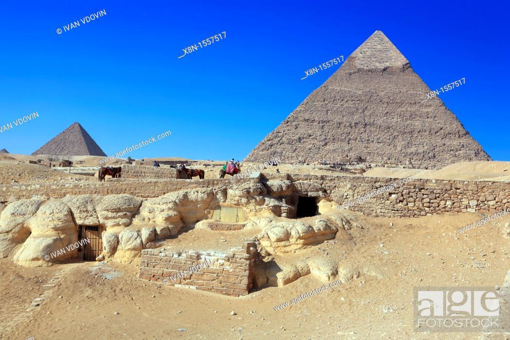 Stock Photo: Great pyramids and Sphynx, Giza, Egypt.