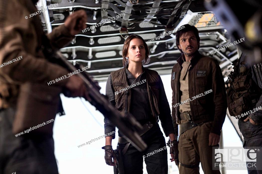 Stock Photo: Rogue One: A Star Wars Story. L to R: Jyn Erso (Felicity Jones) and Cassian Andor (Diego Luna).