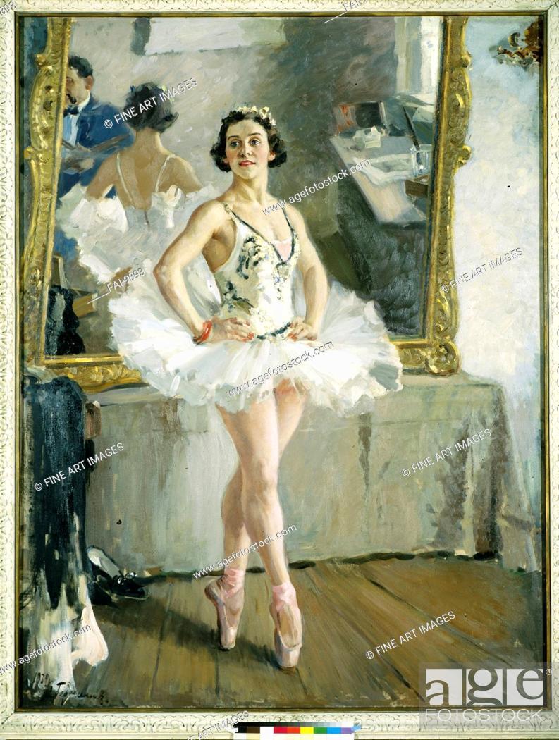 Stock Photo: Portrait of the ballet dancer Olga Lepeshinskaya (1871-1963). Gerasimov, Alexander Mikhailovich (1881-1963). Oil on canvas. Soviet Art. 1939.