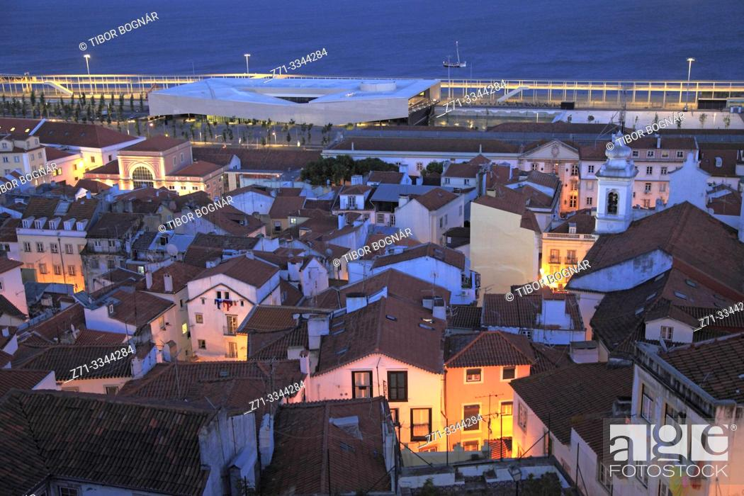 Stock Photo: Portugal, Lisbon, Alfama, skyline, general view, night, cruise terminal,.
