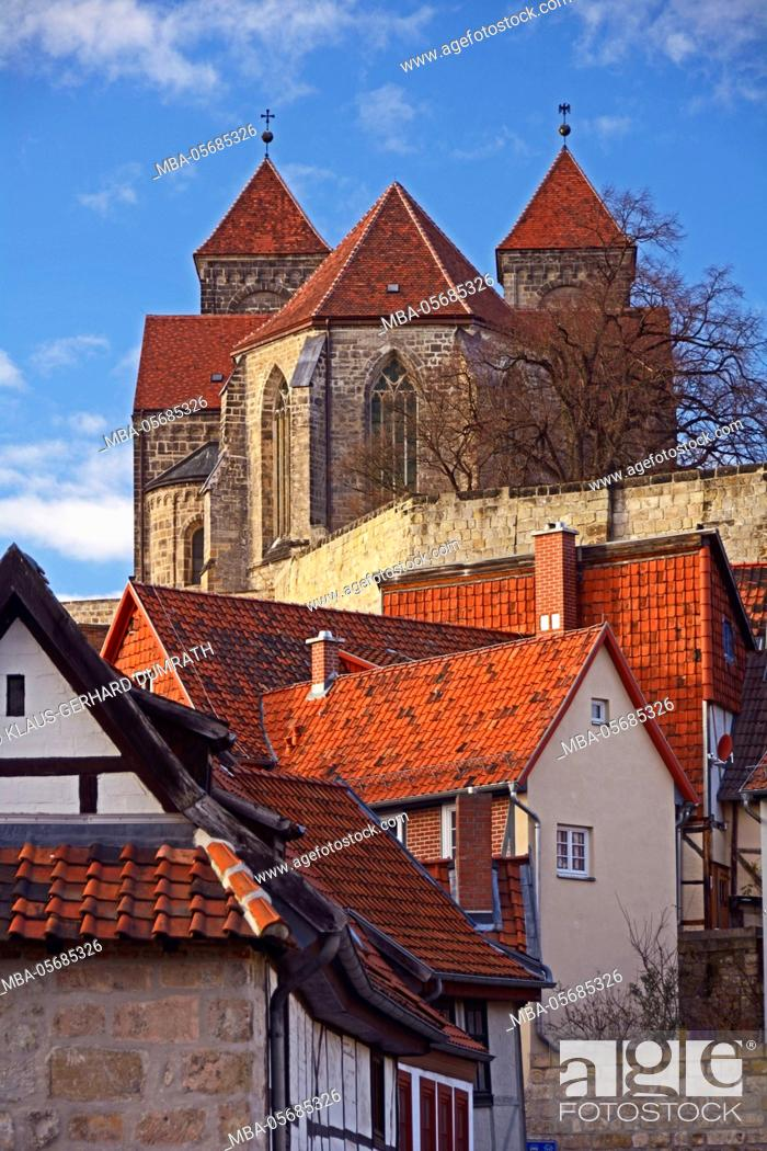 Stock Photo: Quedlinburg, Schlossberg with collegiate church St. Servatius.