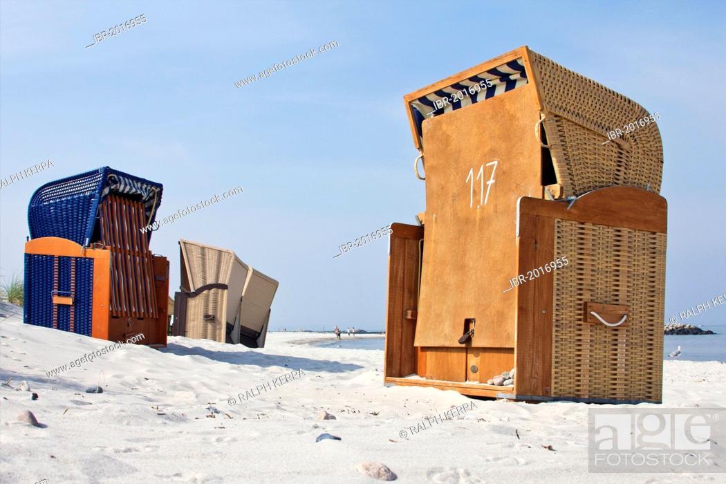 Roofed Wicker Beach Chairs On The Beach Of Schoenberg Kalifornien