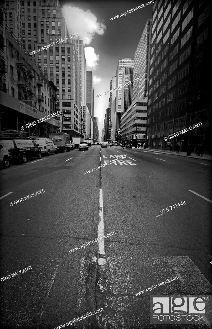 Stock Photo: Mnahattan street, NYC, USA.