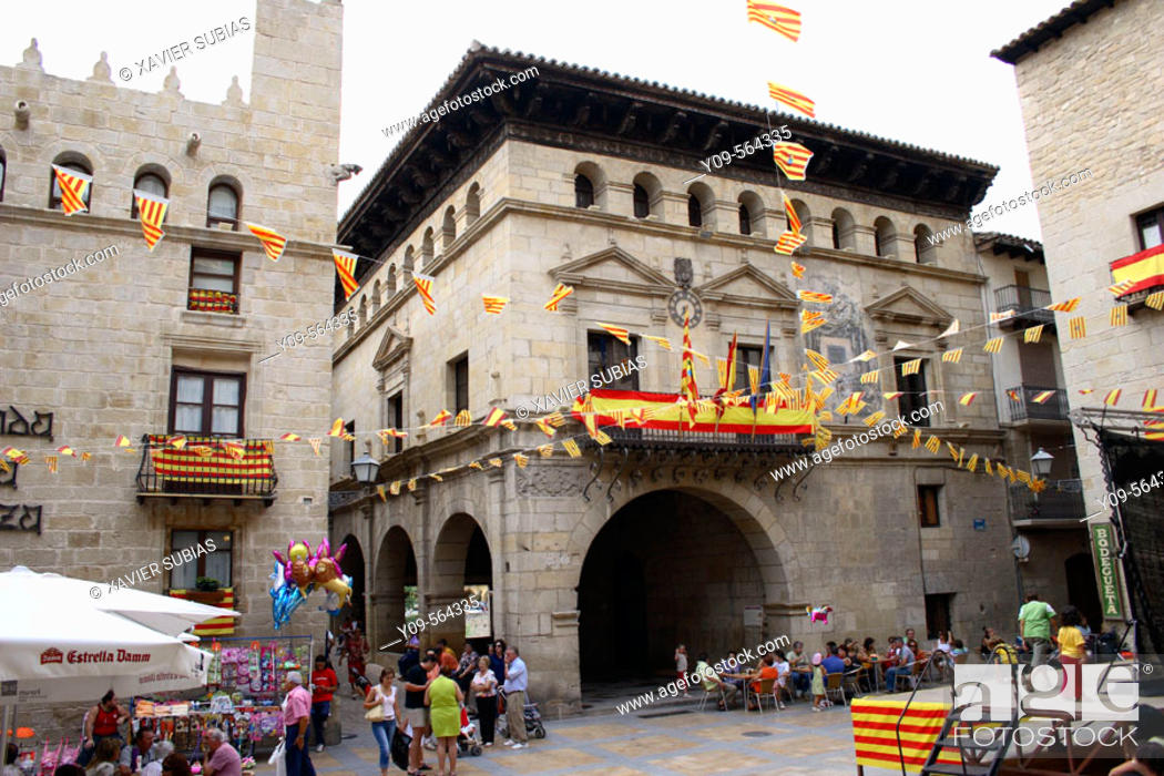Stock Photo: Main Square, Valderrobres. Matarraña, Teruel province, Aragón, Spain.