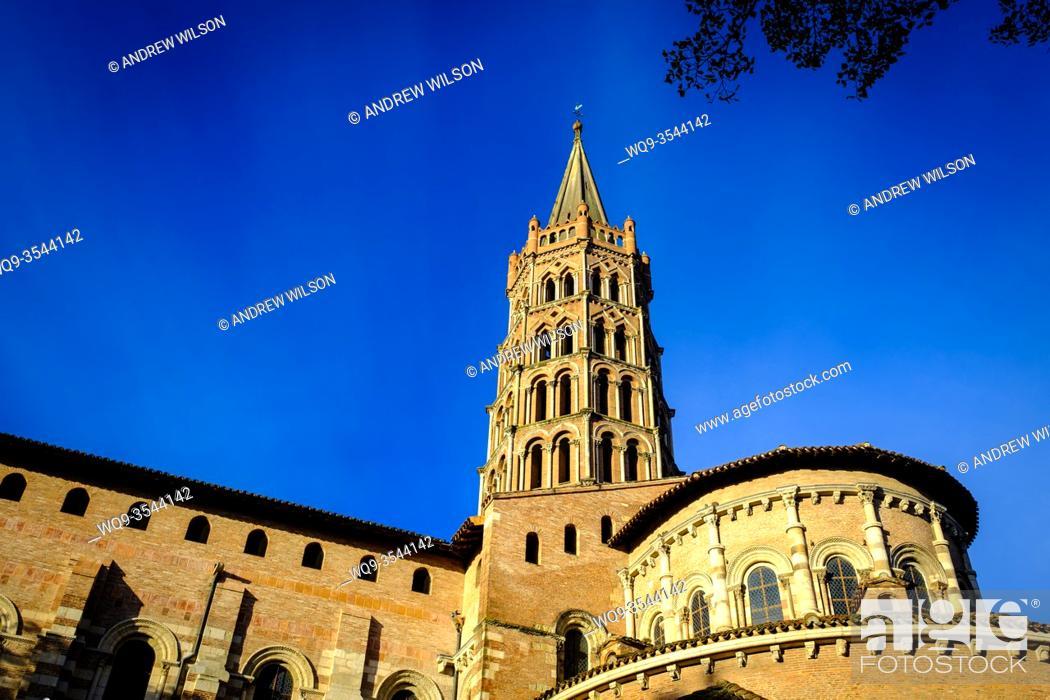 Stock Photo: The Basilique Saint-Sernin de Toulouse, (Basilica of Saint-Sernin) Toulouse, France.